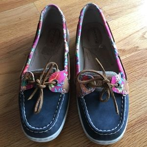 Women's Sperry Topsiders boat shoes